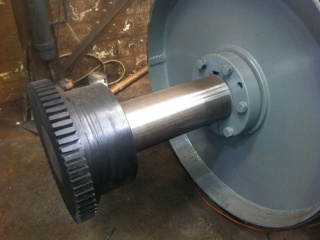 conveyor-roll-new-coupling-and-shaft-full