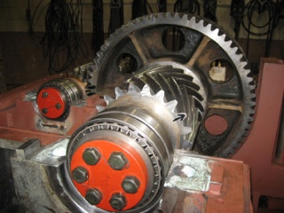 large-gear-box-full